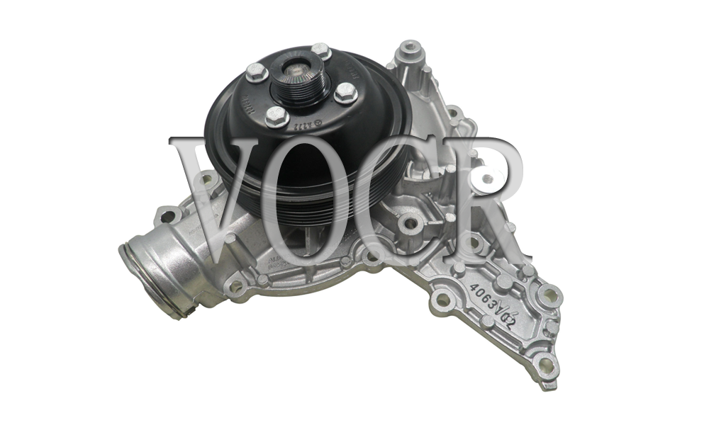 Water Pump For Mercedes-Benz Viano OEM:2722001601 2722001301 2722001501